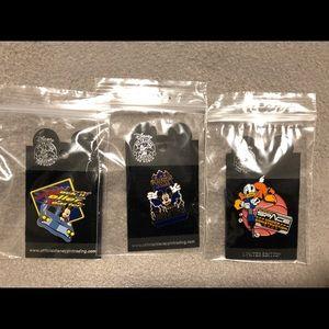 Disney Pin Collectors Set